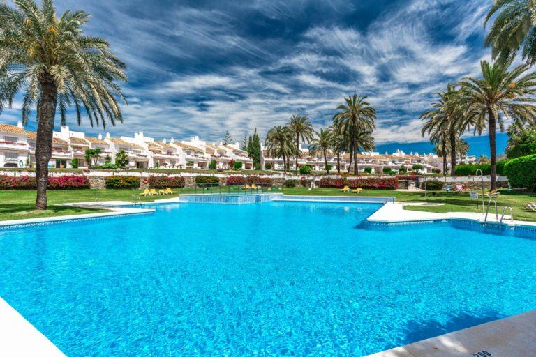 Andalucia Garden Club Property