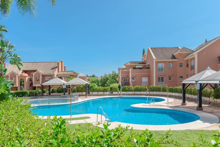 Buy a property in Andalucia Alta