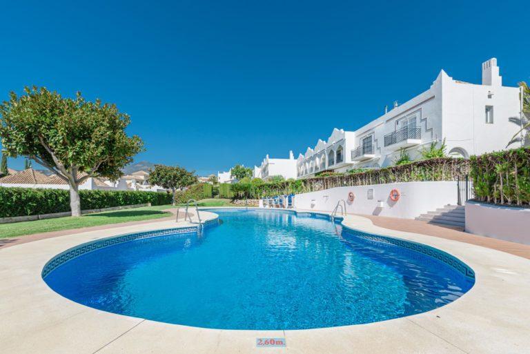 Buy a property in Los Potros